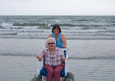 Linn Health Care Center - July 2012 - At the Beach!