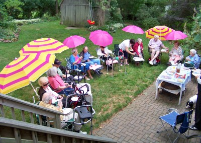 Winslow Gardens - Lounge Chairs and Umbrellas in the Outdoors
